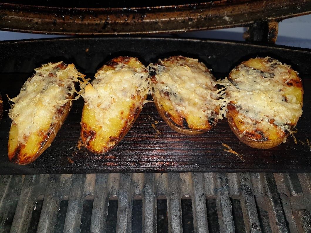 Parmesan Kartoffeln vom Grill